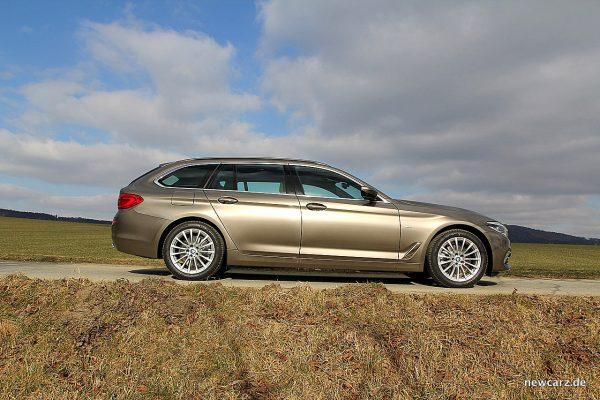 BMW 520d xDrive Touring Seitenansicht