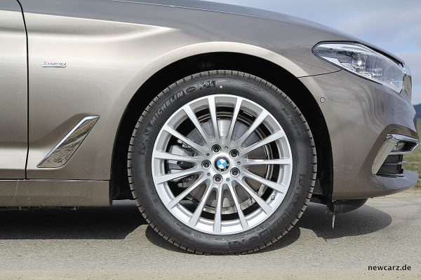 BMW 520d xDrive Touring Vorderrad