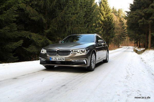 BMW 520d Touring im Schnee