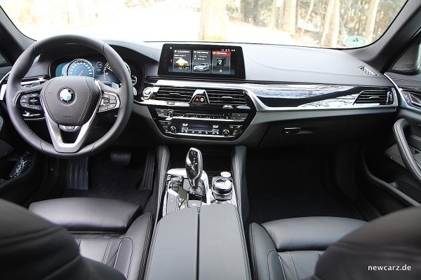 BMW 520d xDrive Touring Armaturentafel