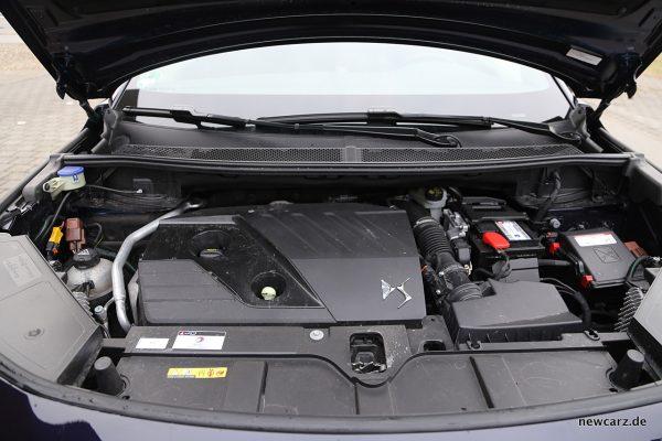 DS7 Crossback Motorraum