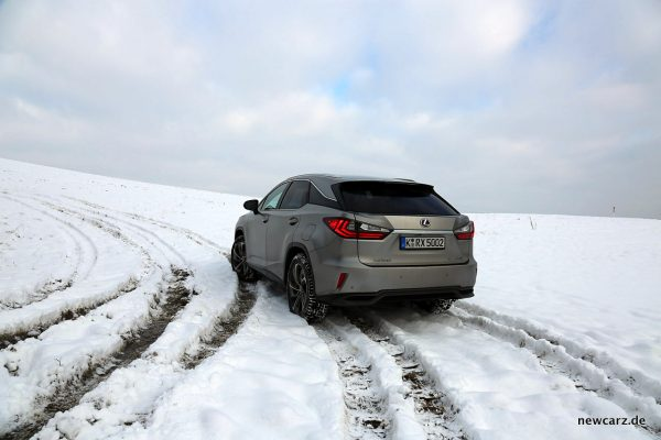 Lexus RX 450h schräg hinten