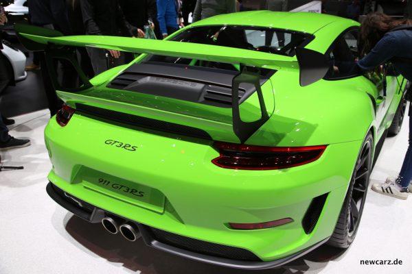 Porsche 911 GT3 RS schräg hinten