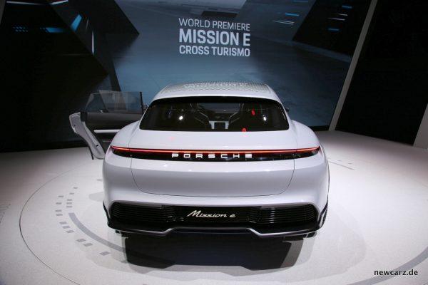Porsche Cross Turismo Heck