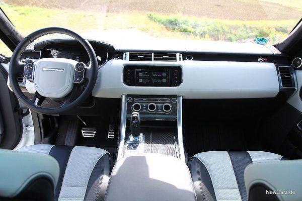 Range Rover Sport SVR Armaturenbereich