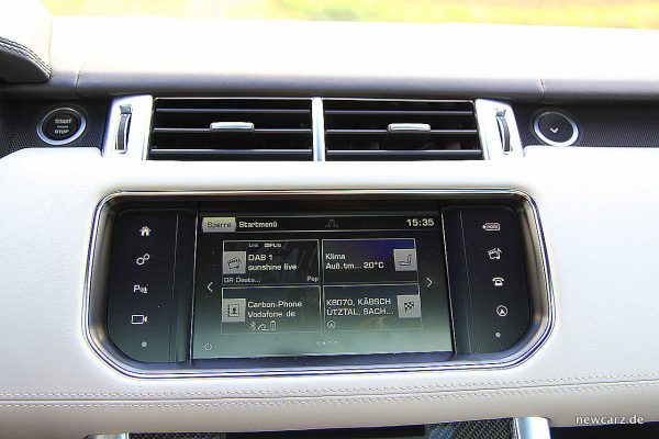 Range Rover Sport SVR Touchscreen