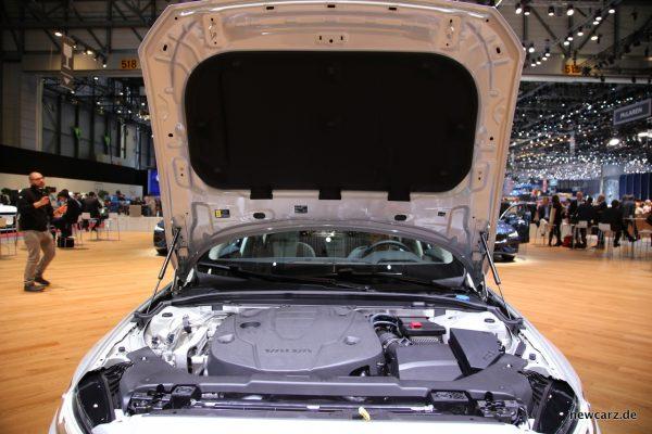Volvo V60 Motorraum D4