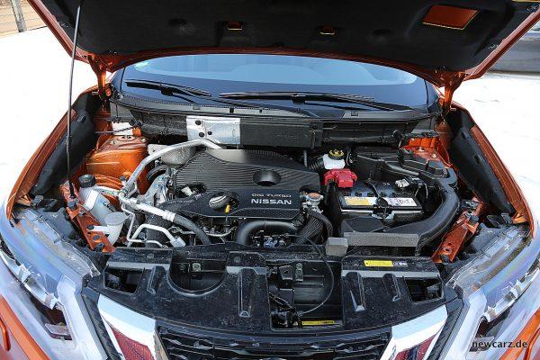Nissan X-Trail Motorraum