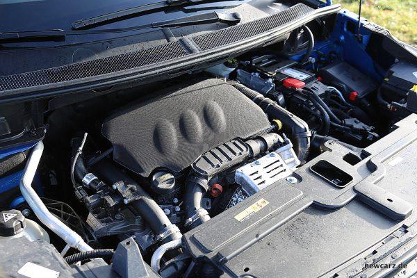 Opel Grandland X Motorraum