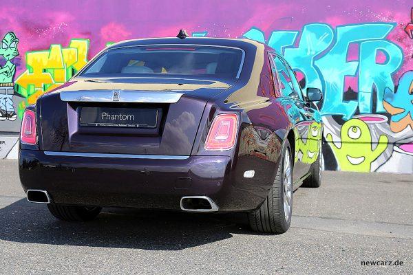 Rolls-Royce Phantom schräg hinten