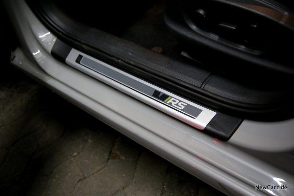 Skoda Octavia RS245 RS-Logo Einstiegsleisten