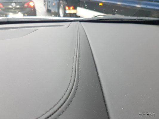 Cadillac XT5 Nahtkante