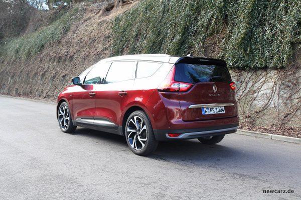 Renault Grand Scenic schräg hinten