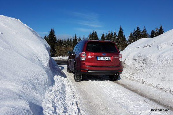 Subaru Forester 2018 Schnee hinten