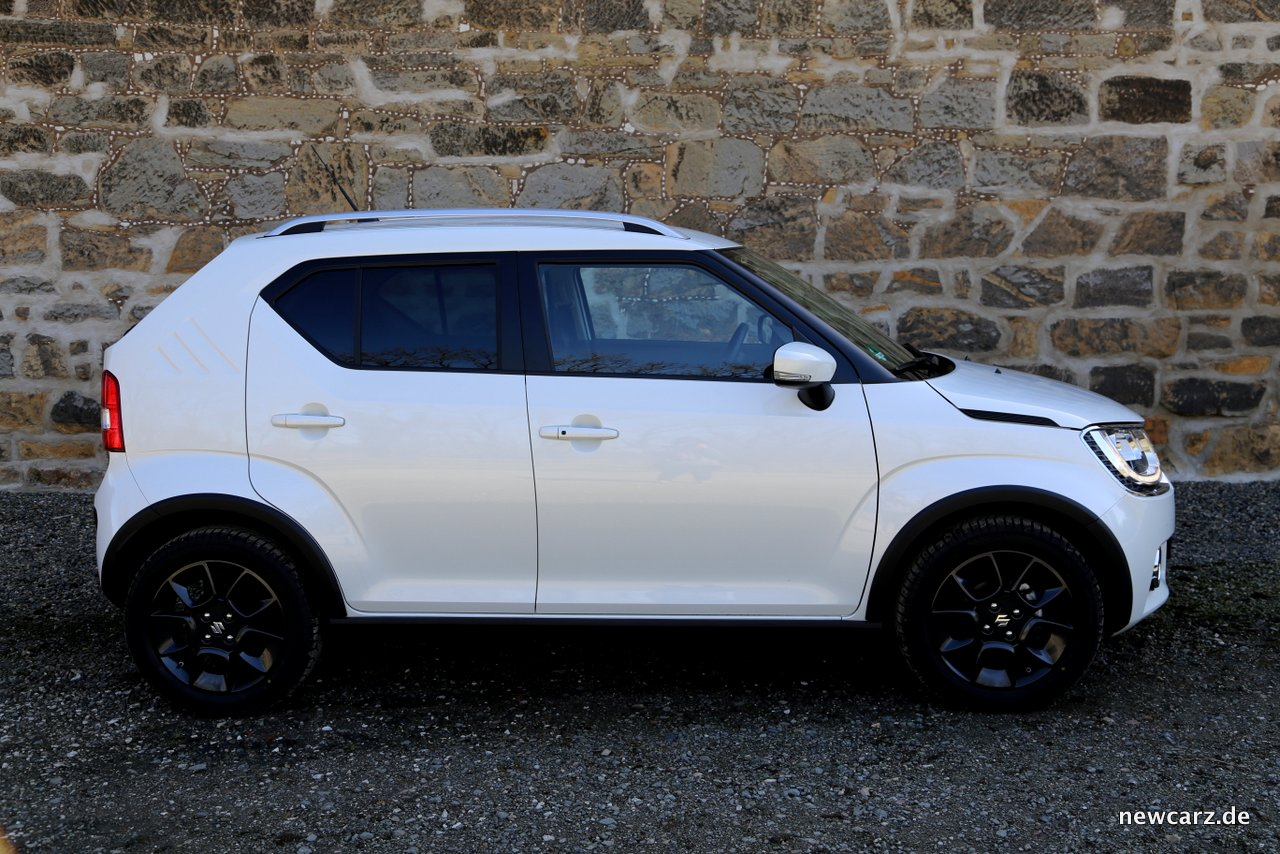 suzuki ignis stylishes micro suv mit allgrip. Black Bedroom Furniture Sets. Home Design Ideas