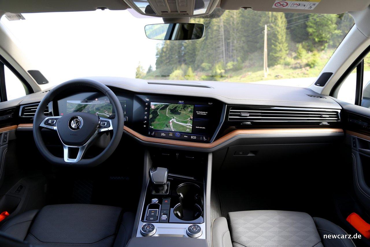 VW Touareg - Oberklasse-SUV für alle Wege - NewCarz.de