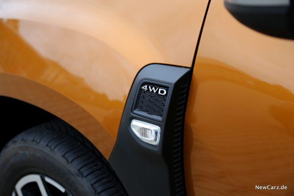Dacia Duster 2018 4WD Plakette
