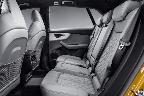 Audi Q8 Rücksitze