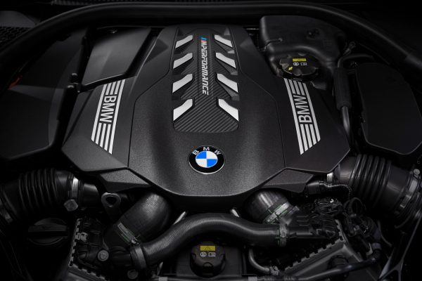 BMW 8er Motor