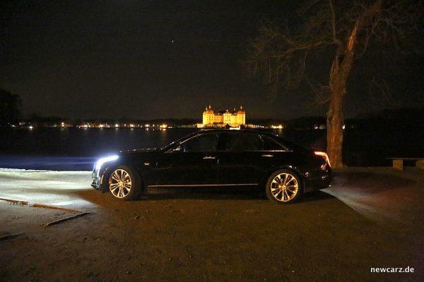 Cadillac CT6 Seiten bei Nacht
