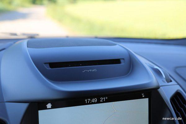 Ford Kuga Vignale CD-Laufwerk
