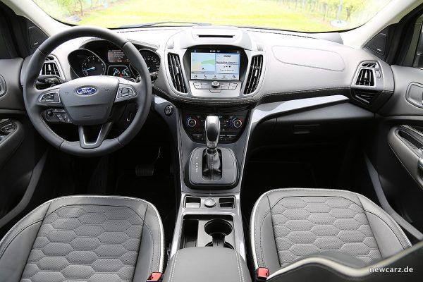 Ford Kuga Vignale Armaturenbereich