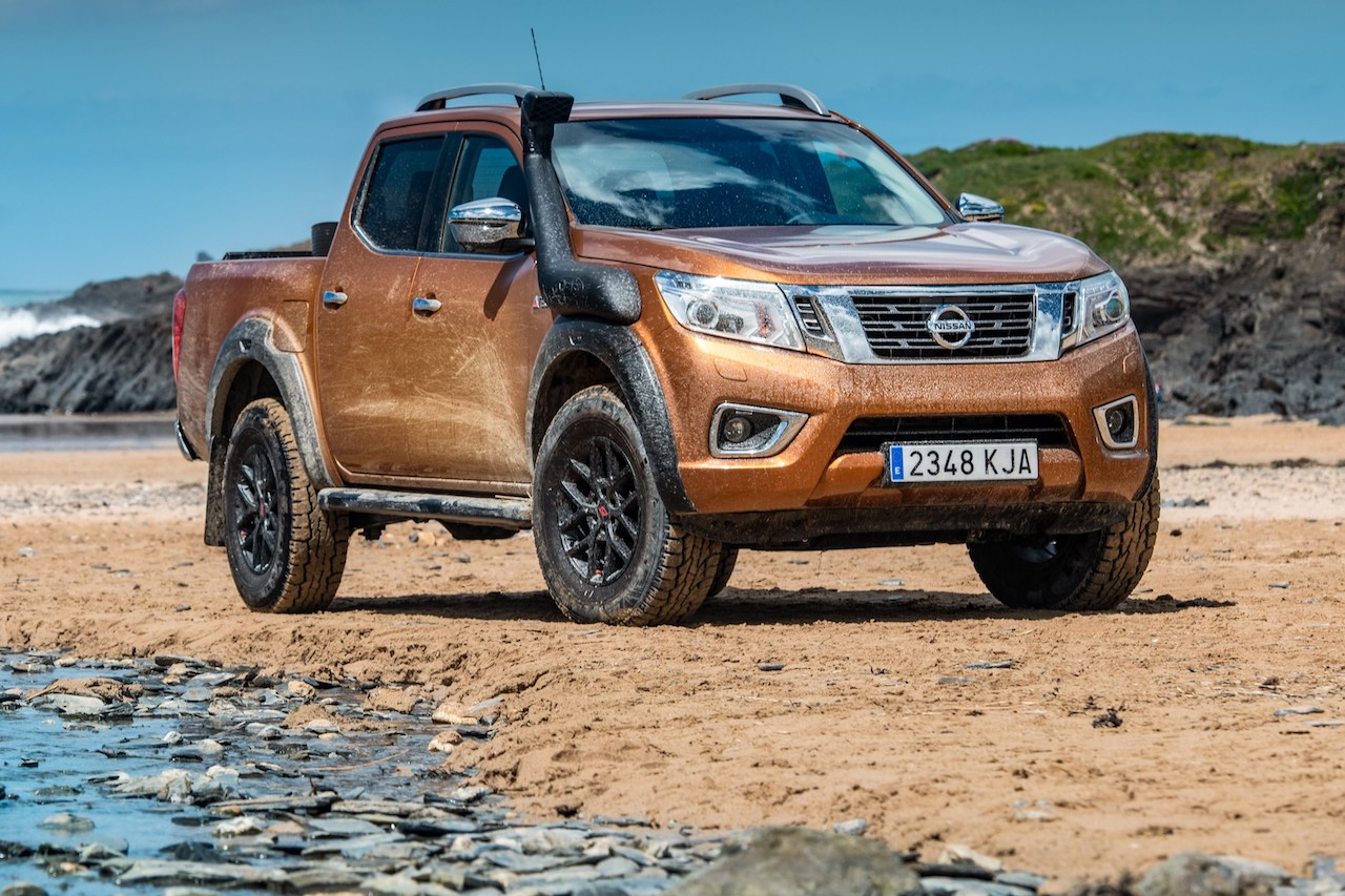 Nissan Navara Sonderedition Off-Roader AT32