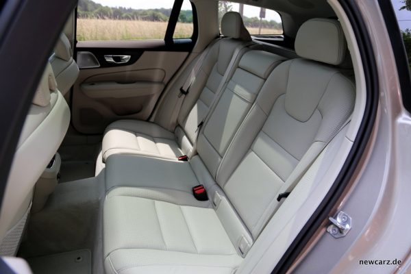 Volvo V60 Fond