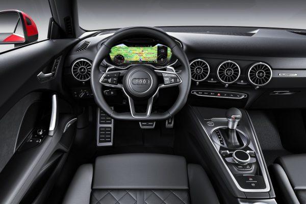 Cockpit des Audi TT Coupé
