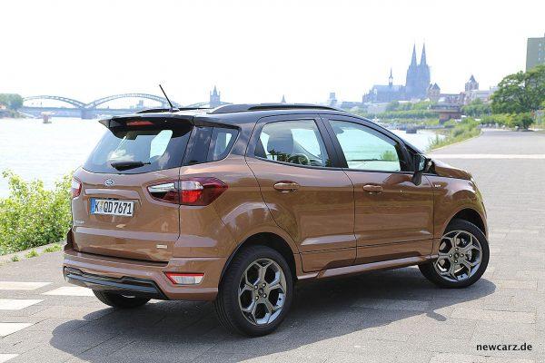 Ford EcoSport schräg hinten