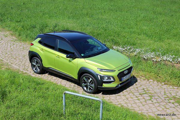 Hyundai Kona schräg oben