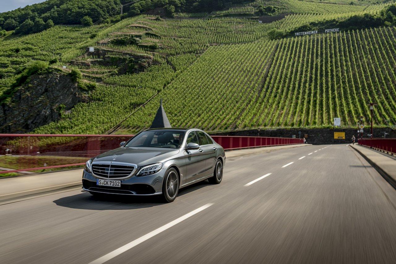 Die neue Mercedes-Benz C-Klasse - Modellpflege mit neuer elektronischer Architektur