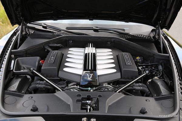 Rolls-Royce Wraith Black Badge Motorraum