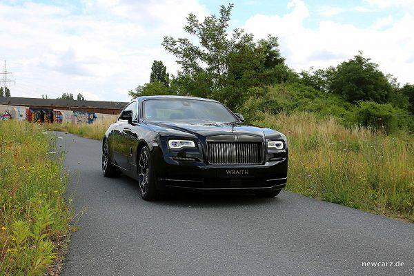 Rolls-Royce Wraith Black Badge vorn schräg