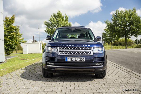 Range Rover SDV8 Front