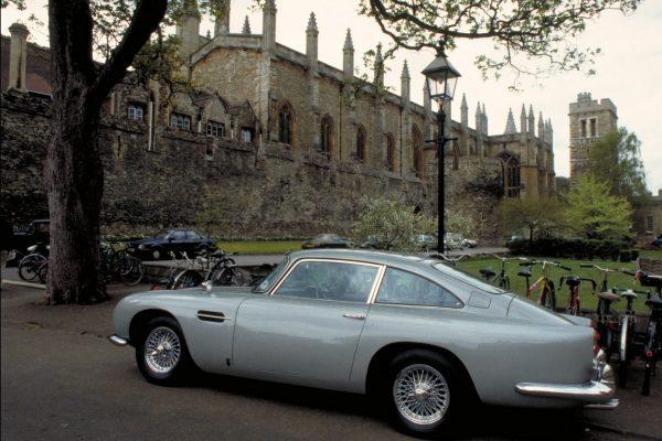 Seitenansicht des Aston Martin DB5