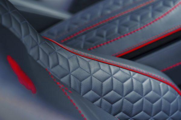Sitze des Aston Martin DBS Superleggera
