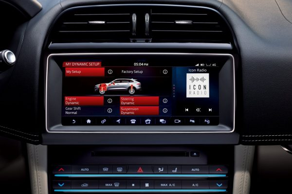 Infotainment im Jaguar F-Pace SVR