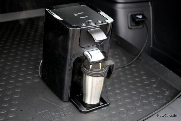 Mitsubishi Outlander PHEV kaffee