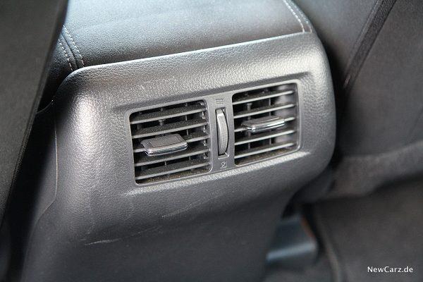 Nissan Navara Lüftung hinten