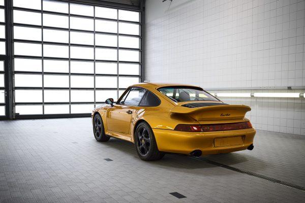 Heckansicht des Porsche 911 Turbo Typ 993
