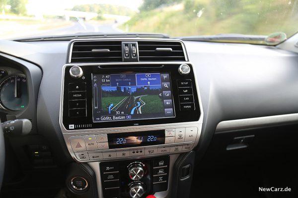 Toyota Land Cruiser Navigation