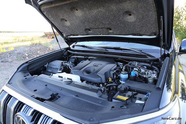 Toyota Land Cruiser Motorraum