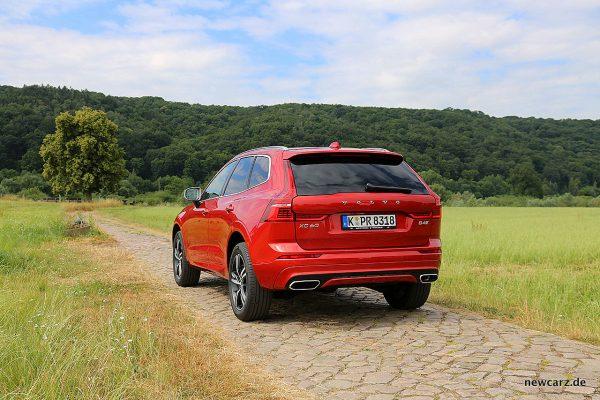 Volvo XC60 schräg hinten links