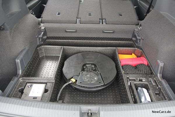 VW Tiguan Allspace Woofer