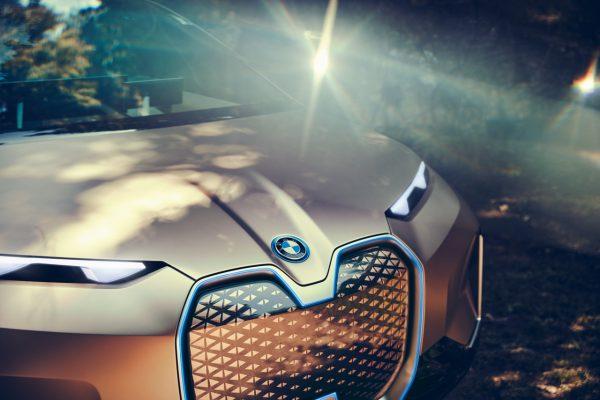 Die Doppelniere des BMW Vision iNext