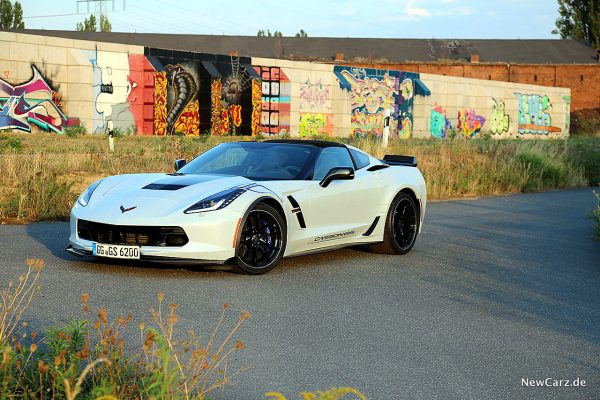 Corvette C7 Grand Sport Carbon 65 schräg vorne links