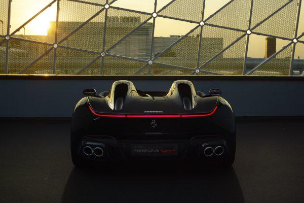 Heckansicht des Ferrari Monza SP2