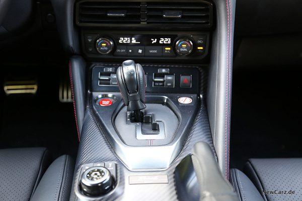 Nissan GT-R Track Edition Wahlhebel