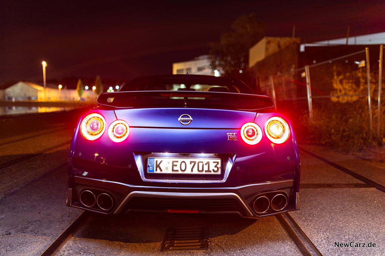Nissan Gt R Track Edition Brennender Asphalt Newcarz De